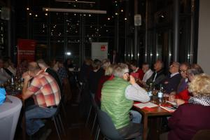 Die Delegierten und Gäste der Stimmkreiskonferenz in der Vinothek Iphofen